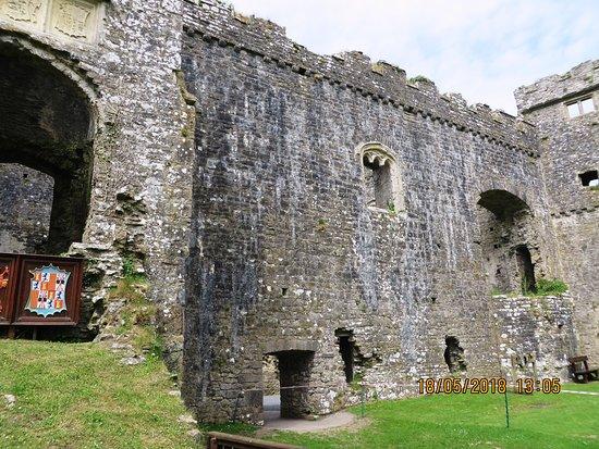 Замок Карю