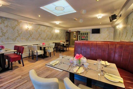 Dunleer, Irlanda: Bright and Spacious Terrace Room