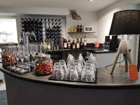 Plougasnou, Prancis: Le bar :)