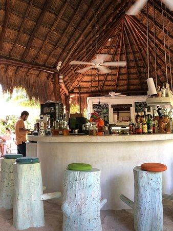 Fresco's: Bar