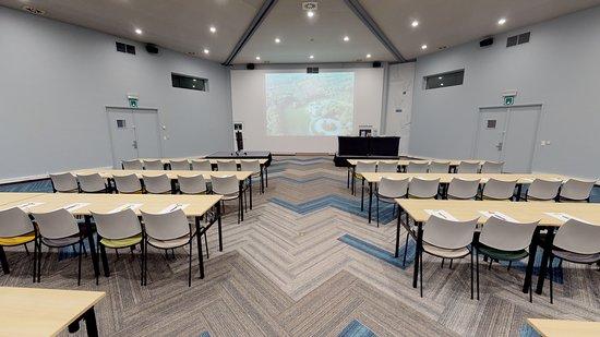 Meeting Room 210 m²