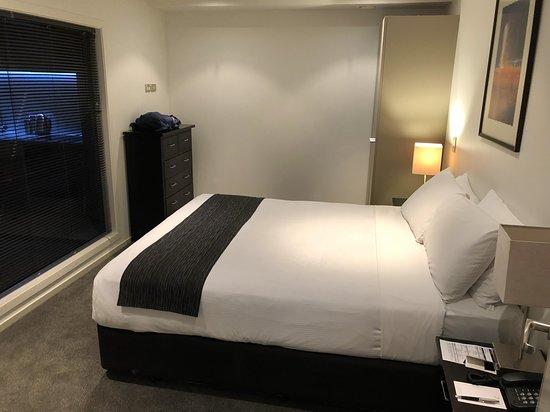 Distinction Wellington, Century City Hotel: Sehr schöne, komfortable Zimmer mit bequemen Betten
