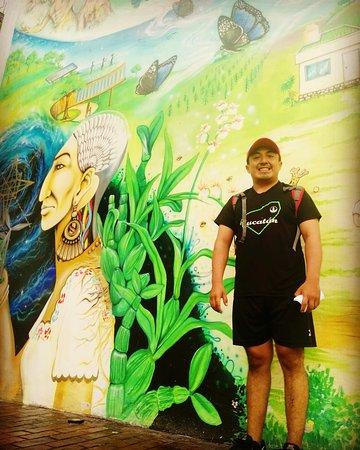 Un dia magnifico en Felipe Carrillo Puerto. Parque central. Mural . Excelente inicio de semana 🏃♂️🏃♀️📚👓