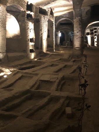 """Catacombe di San Gennaro a Napoli. Splendidamente gestita dalla cooperativa """" La Paranza """" . Da vedere assolutamente quando si viene a Napoli. grazie Maurizio"""