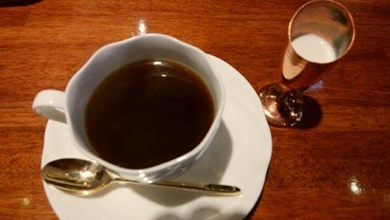 ホットコーヒーをいただきました。