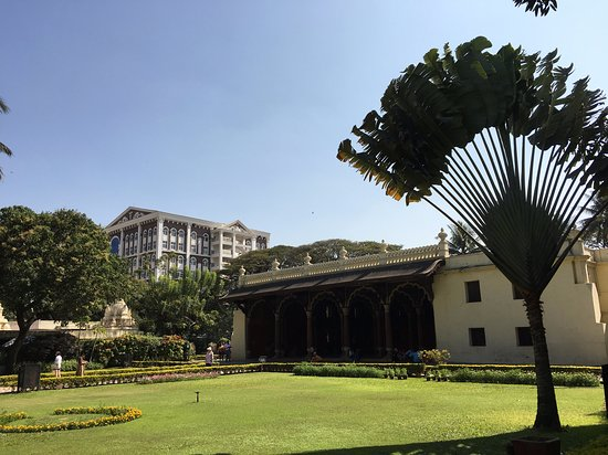 Tipu Sultan Fort and Palace - Bangalore KR Market: Außenansicht