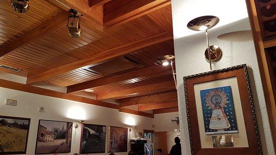 DETALLE PAREDES COMEDOR - Picture of Restaurante La Codorniz ...