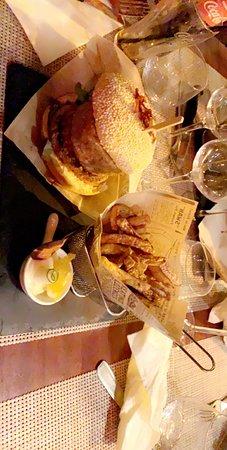 Petite découverte du wk !! Un restaurant  très sympathique !! Un patron accueillant, souriant!!