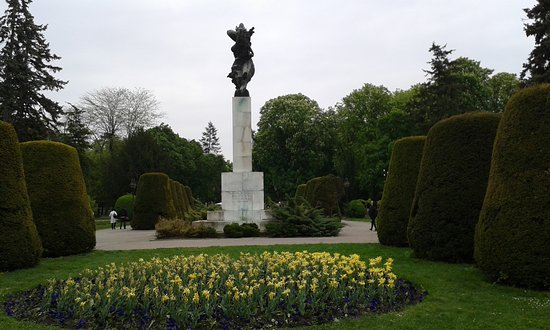 Monument of Gratitude to France