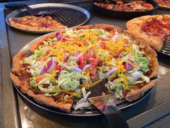 Pizza Hut Grand Forks 2751 32nd Ave S Restaurant Reviews Photos Phone Number Tripadvisor