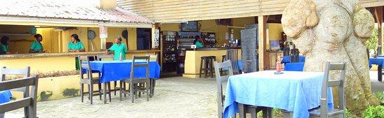Le Quai: Dining area