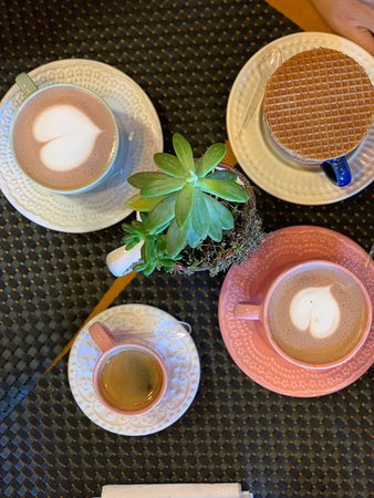 Holland Cafe