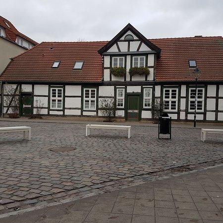 Altes Fachwerkshaus in der Nähe vom Kirchplatz