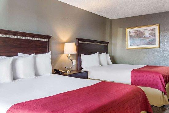 Rodeway Inn North Canton Ohio Motel Reviews Photos