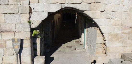 Passagem na muralha