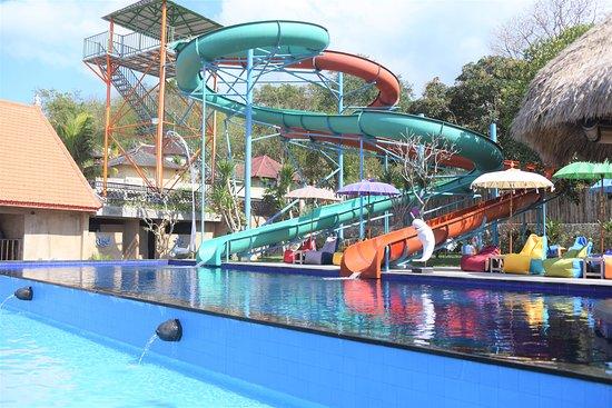 Sunday Beach Waterpark Lembongan (Nusa Lembongan) - UPDATED