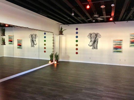 ริชแลนด์, วอชิงตัน: Studio