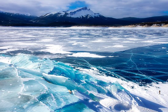 Canadian Rockies, Kanada: Lake Abraham ,winter of 2017 beautiful and cold whether around - 30 Celsius .Its a great area to travel and photographing