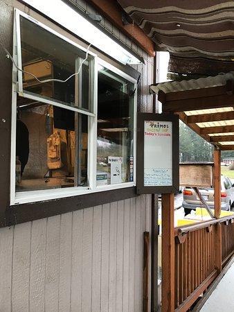 Veneta, Орегон: Front Walk-Up Window
