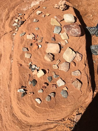 Mystery Valley Tour - Remnants of Ancient Anasazi Artifacts