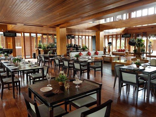 Djati Lounge Malang Ulasan Restoran Tripadvisor