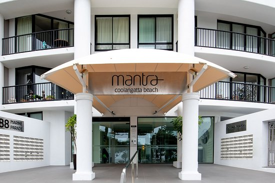 Mantra Coolangatta Beach : Exterior