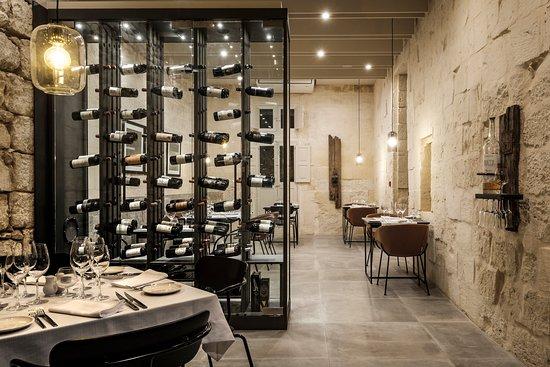 Vinaccia: Dining room
