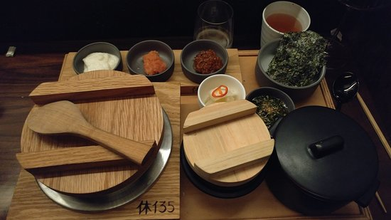 Hue 135 : Traditional Korean rice dish to complete the culinary experience