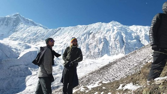 Manang, Nepal: Matt and laszlo looking for the way to Tilicho lake 4919 metre