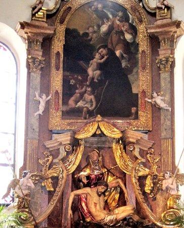Stadtpfarrkirche: Церковь с картиной Тинторетто, а также изображением фюрера и дуче – 15