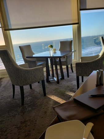 180blu at The Ritz-Carlton Photo
