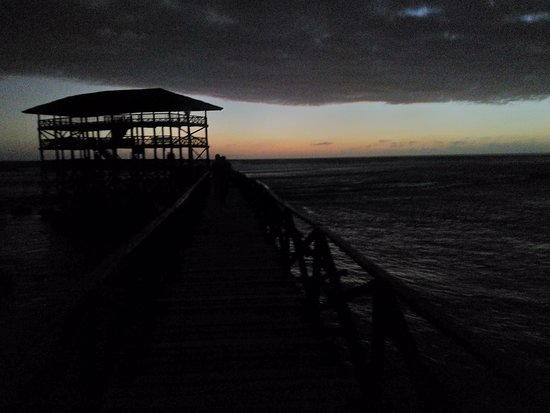 Cloud 9 Surfing Tower: The sunrise