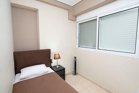 A&J Apartments Resmi