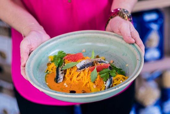 La Bottega Gastronomica: Tagliolini with baked tomatoes - citrus sauce, with segments of citrues, sardines, basil and coriander