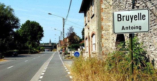 Antoing, Belgium: C'est à Bruyelle ...