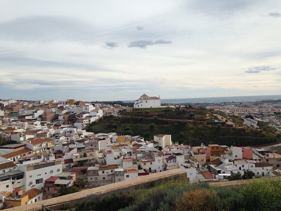Velez-Malaga, Spanyolország: Looking across to the church from fortifications on hill opposite
