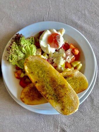 Jevišovice, Česká republika: u sucheho certa - salat