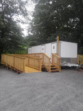 Entrance - Picture of Lake George Schroon Valley Resort, Warrensburg - Tripadvisor
