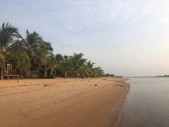 Beach - Aqua Safari Resort Photo