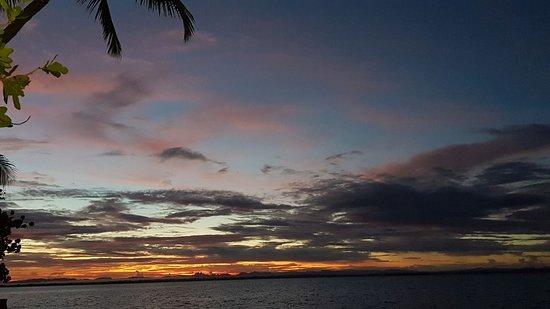 Остров Тоберуа, Фиджи: Every evening had an awesome sunset.