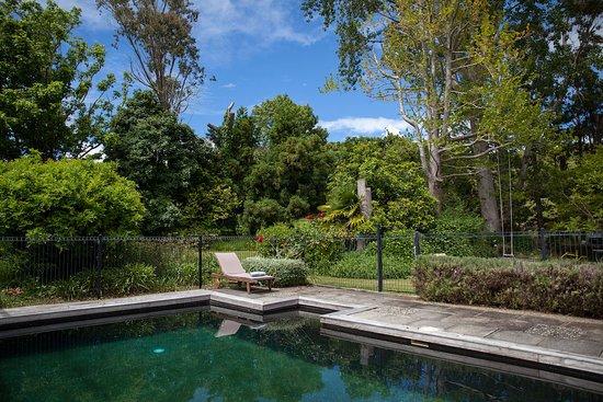 Whenuakite, New Zealand: salt water swimming pool