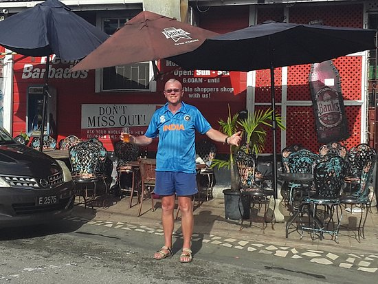 Trents, Barbados: Sports bar