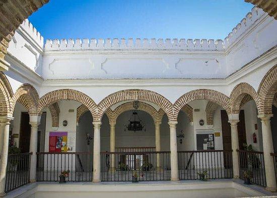 Velez-Malaga, Spanyolország: Palacio de los Marqueses de Beniel in Vélez-Málaga (Foto: Reisepuzzle Reiseblog)
