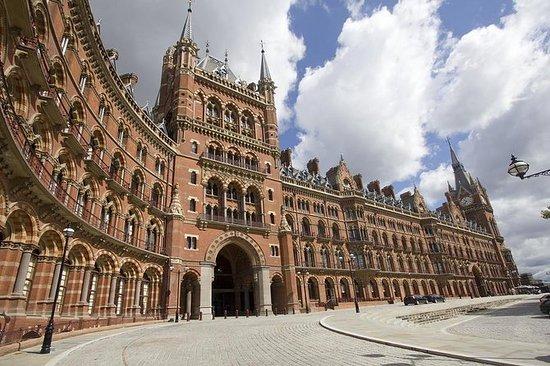 私人旅游:黑色出租车的'唐顿庄园'电视地点伦敦之旅