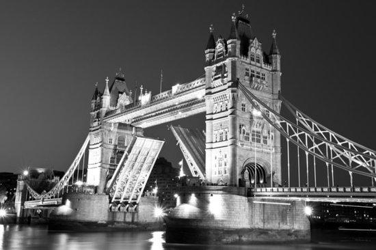 私人旅游:传统黑色出租车的伦敦幽灵之旅
