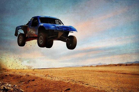 拉斯维加斯的Adrenaline Baja赛车体验