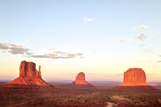 1,5 timers tur til Monument Valley's...