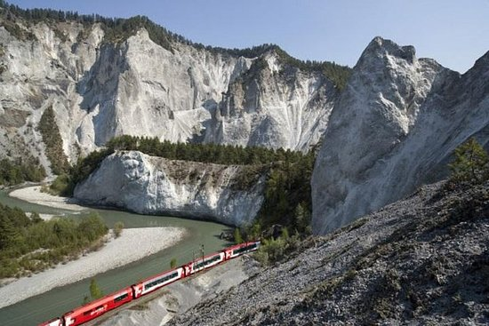 3-Day Glacier Express Tour from Zurich