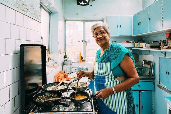 2-timers tradisjonell bengalsk måltid...