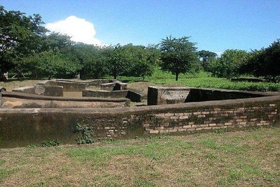 Tour privado a pie por las ruinas de...